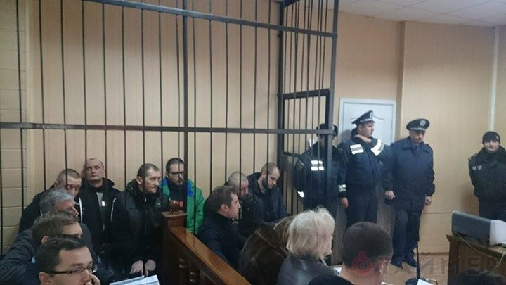 Anti-fascist-activists-on-trial-in-Odessa-Ukraine-on-Nov-27-2014-photo-by-Timer.od_.ua_