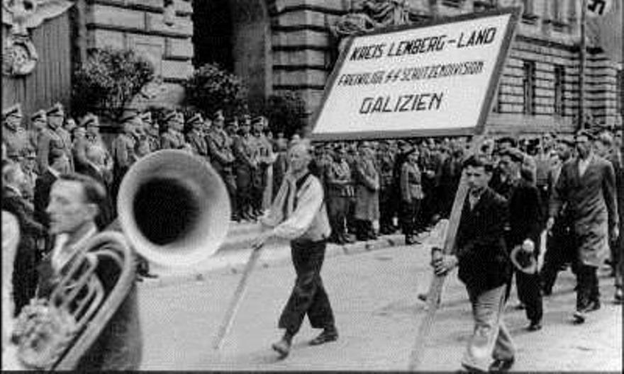 ??????????????Desfile de reclutas de la Division Galizien, 18 de julio de 1943, Lviv??????????????