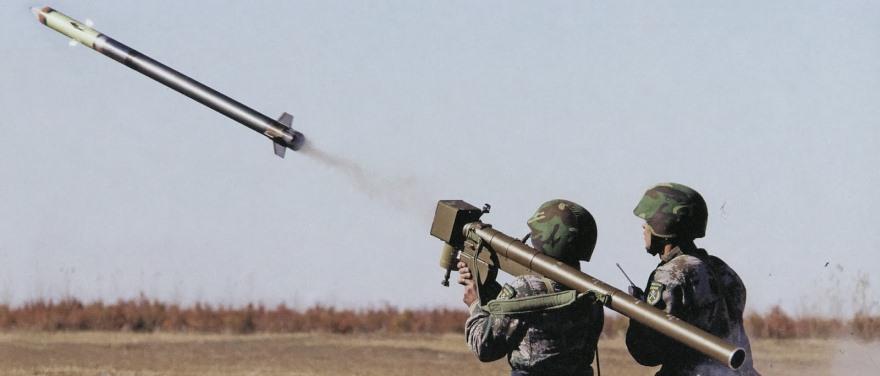 Misiles tierra-aire FN-6 de fabricación china, como los incautados por las autoridades de Kuwait