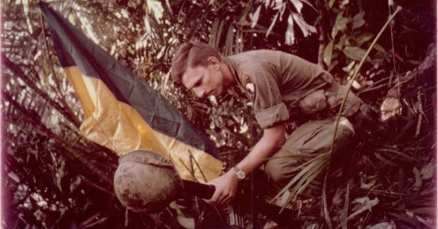 Soldado ucraniano-americano en el ejército estadounidense guerra de Vietnam.