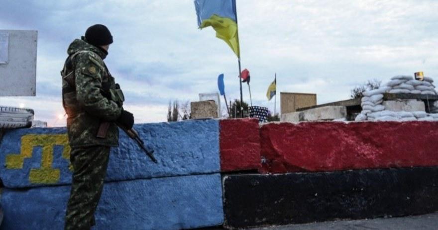 Hace un año, organizaciones tártaras llegadas de Kiev y nacionalistas ucranianos comenzaron el bloqueo de Crimea