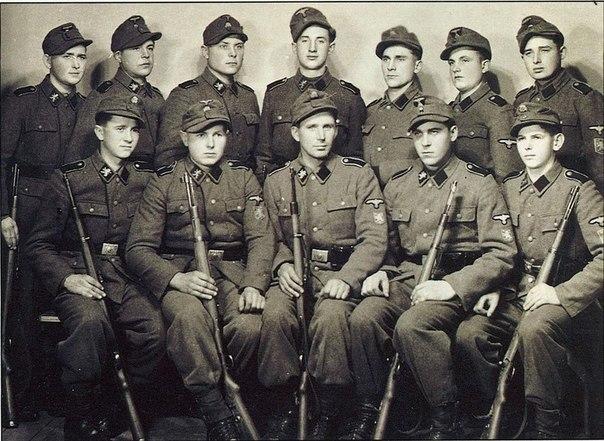 Soldados de la División Galicia