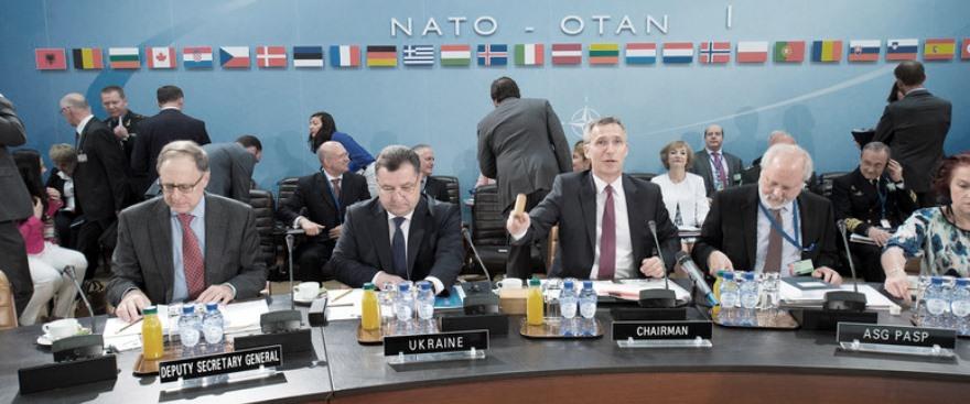 Stepan Poltorak, ayer en la cumbre de la OTAN