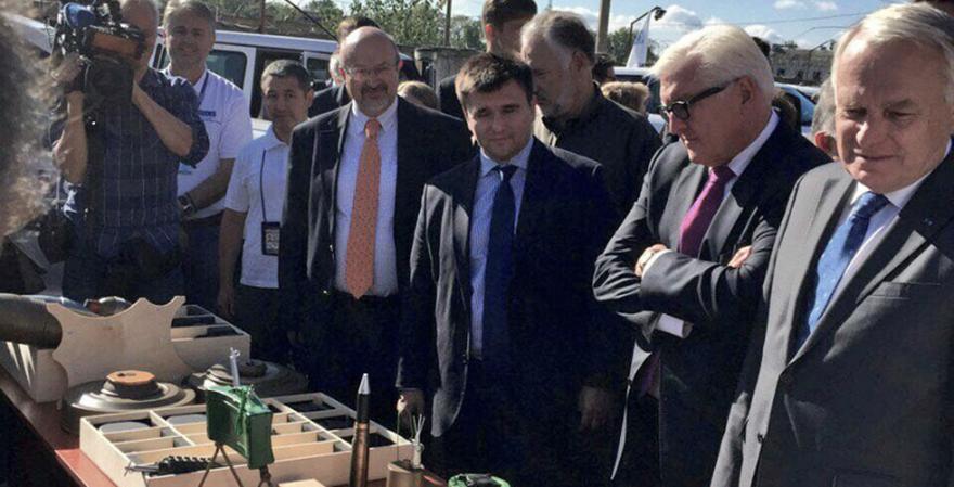 Klimkin, Steinmeier y Ayrault en Kramatorsk