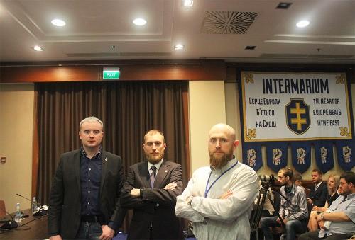 "Miembros de los ""pan-europeos"" asociados al ""Centro Ruso""."
