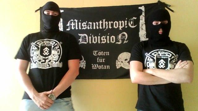Miembros brasileños de la Misanthropic Division Brasileña